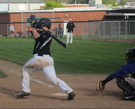 Prairie's Baseball Takes a Win Against Mountain View