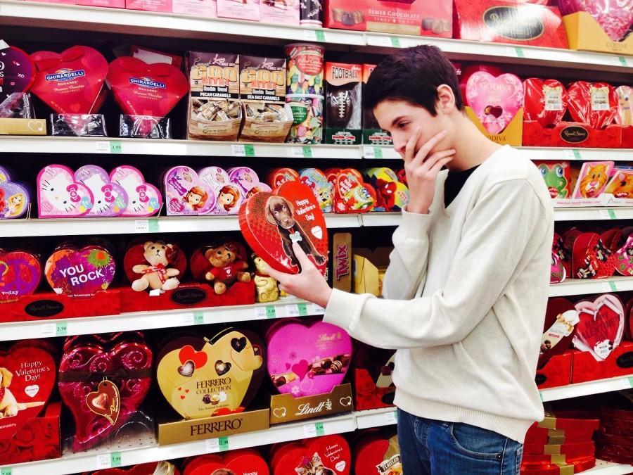"""""""He Loves Me, He Loves Me Not"""""""
