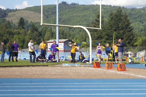 Prairie's Track and Field Takes Third in Districts