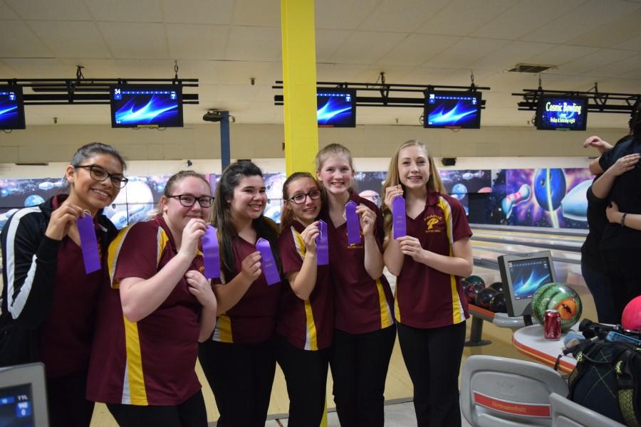 Girls Bowling Headed to State